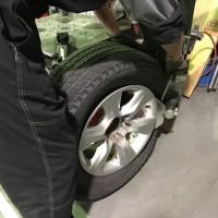 CBA-TRJ150W タイヤ交換